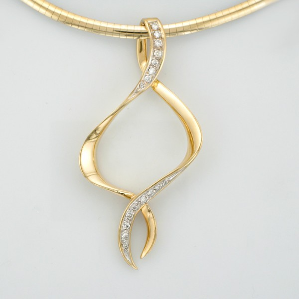 18k yellow gold pendant with omega slide tamron jewelry pendant with omega slide free aloadofball Images
